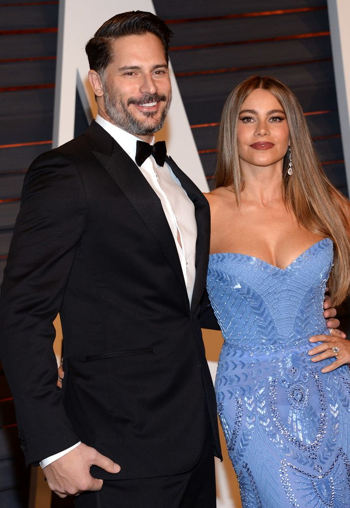 Joe Manganiello, left, and Sofia Vergara arrive at the 2015 Vanity Fair Oscar Party on Sunday, Feb. 22, 2015, in Beverly Hills, Calif. (Photo by Evan Agostini/Invision/AP)