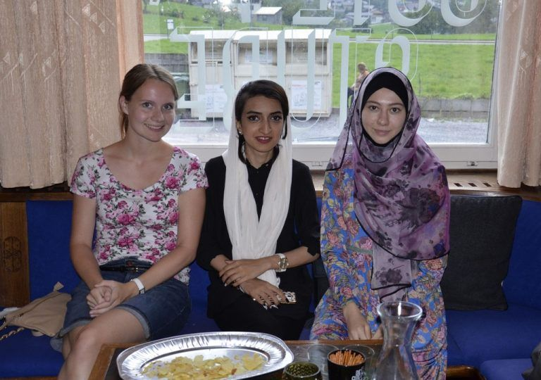 Frauen aus syrien kennenlernen