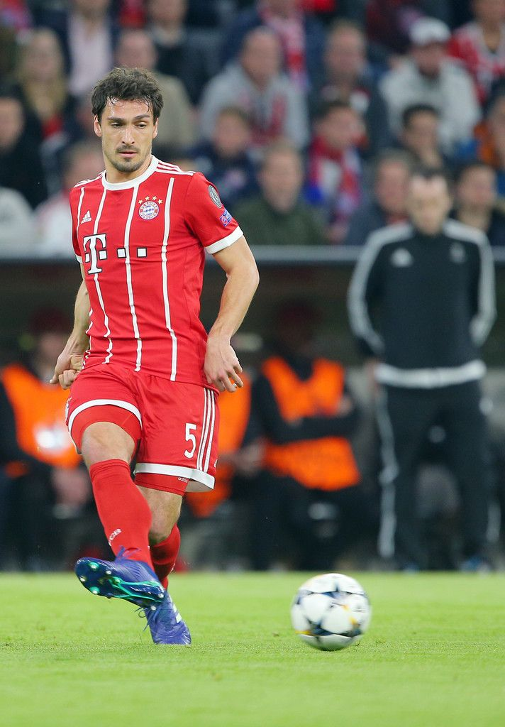 MUNICH,GERMANY,11.APR.18 - SOCCER - UEFA Champions League, quarter finals, FC Bayern Muenchen vs FC Sevilla. Image shows Mats Hummels (Bayern). Photo: GEPA pictures/ Thomas Bachun