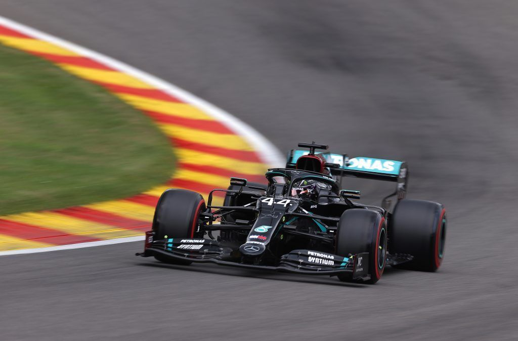 Hamilton holt Pole Position in Spa