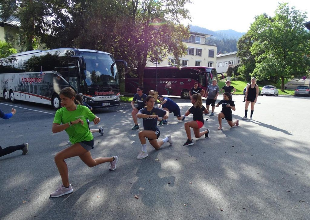 Emser Hockey Ladies schwitzten im Trainingslager
